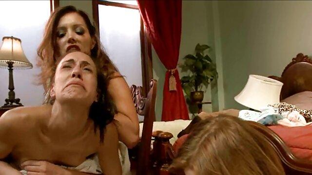 Porno nessuna registrazione  Due penetrazione per un video porno gratis pompini con ingoio caldo slut
