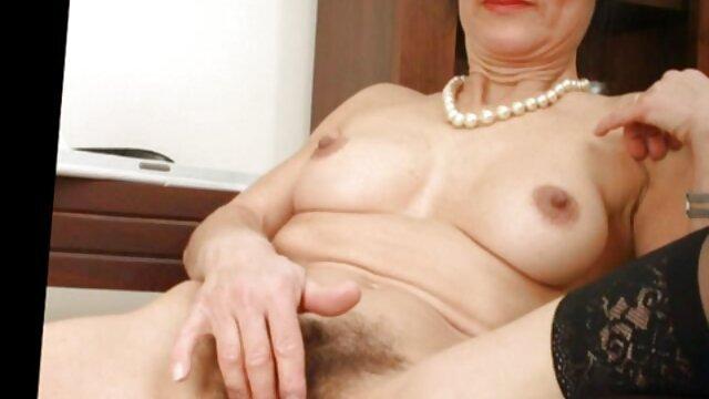 Porno nessuna registrazione  Rossa sexy Veronica Vain sorella affascina con video di pompini italiani il suo amante