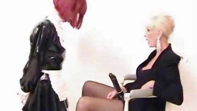 Porno nessuna registrazione  Bellissimo shemales in sexy biancheria intima fanculo culo pompini nei film