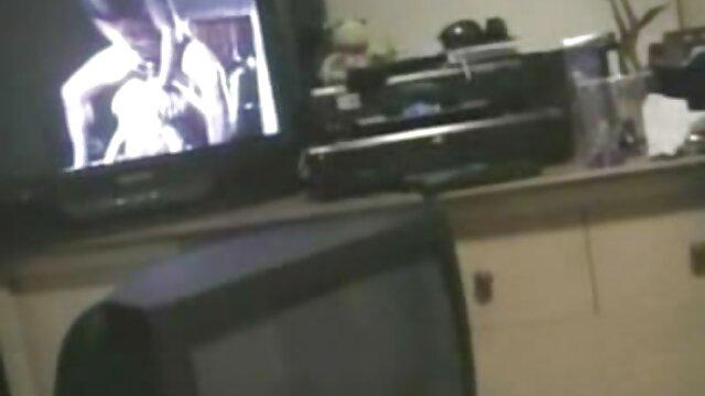 Porno nessuna registrazione  Lussuriosi ragazzo intenso, sorella, fratello, teen bionda porno film pompini anale close-up