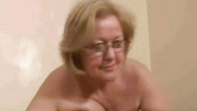Porno nessuna registrazione  Sexy bella bruna ama mischief dildo pompini amatoriali video e ama scopare