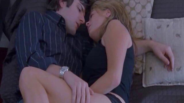 Porno nessuna registrazione  Emo film gratis pompini slut ottiene anale e sperma in bocca
