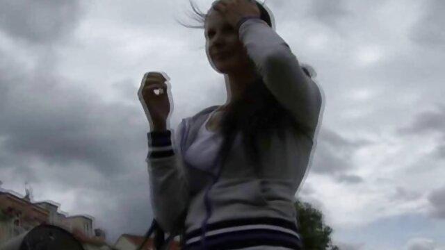 Porno nessuna registrazione  Bella rossa attraente Holly Cuore scopa in anale con video pompini gratis amatoriali un uomo nero